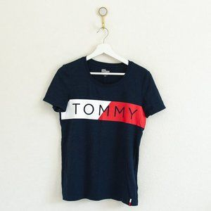 Tommy Hilfiger Graphic T-Shirt in Navy